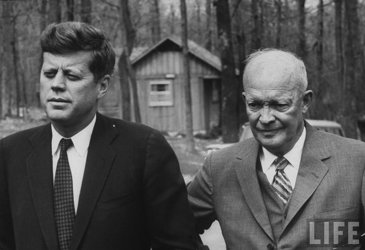 eisenhower vs truman From truman to obama 10 stories about relationships between american presidents when eisenhower visited truman to ask for advice on how to design his.