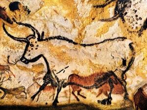 01-lascaux-cave-painting